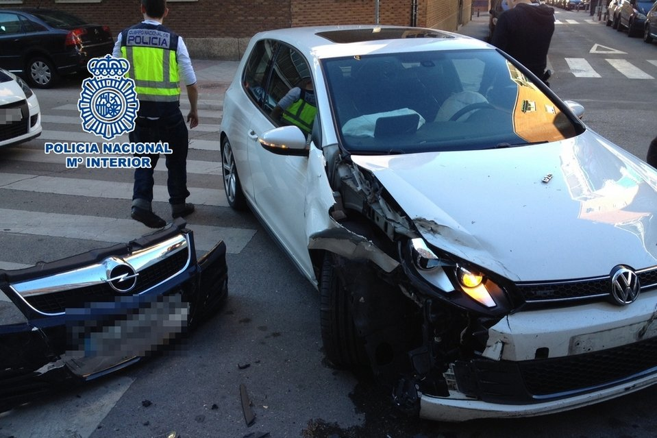 Roban un coche a punta de pistola en Murcia y era un vehículo policial camuflado