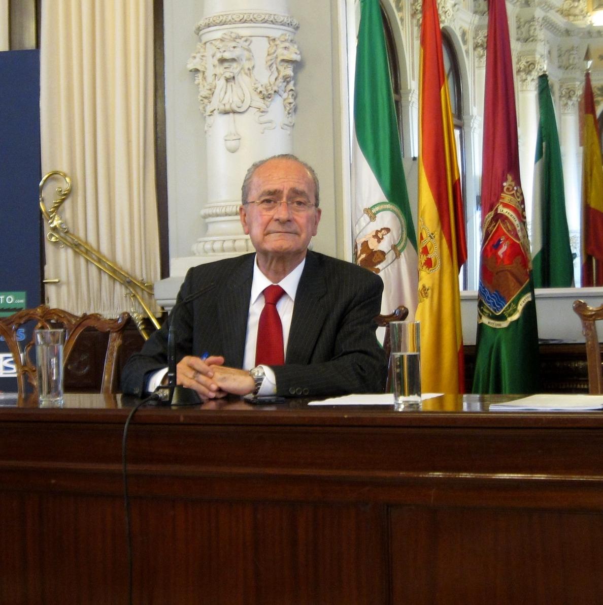 El alcalde de Málaga: hay que incidir en la educación para evitar las agresiones sexuales