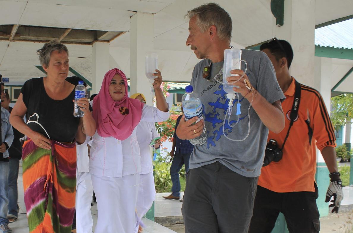 Reanudan la búsqueda de los dos españoles desaparecidos en Indonesia