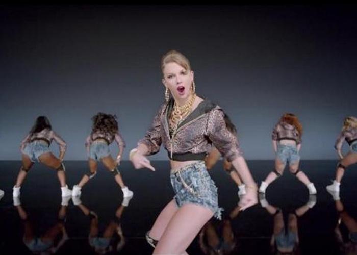 Taylor Swift presenta su nuevo Shake It Off