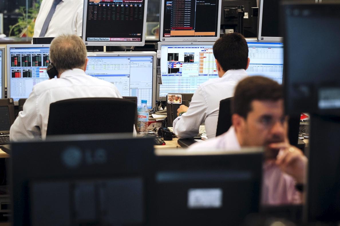 El Tesoro vende 4.545 millones en letras al interés más bajo de la historia