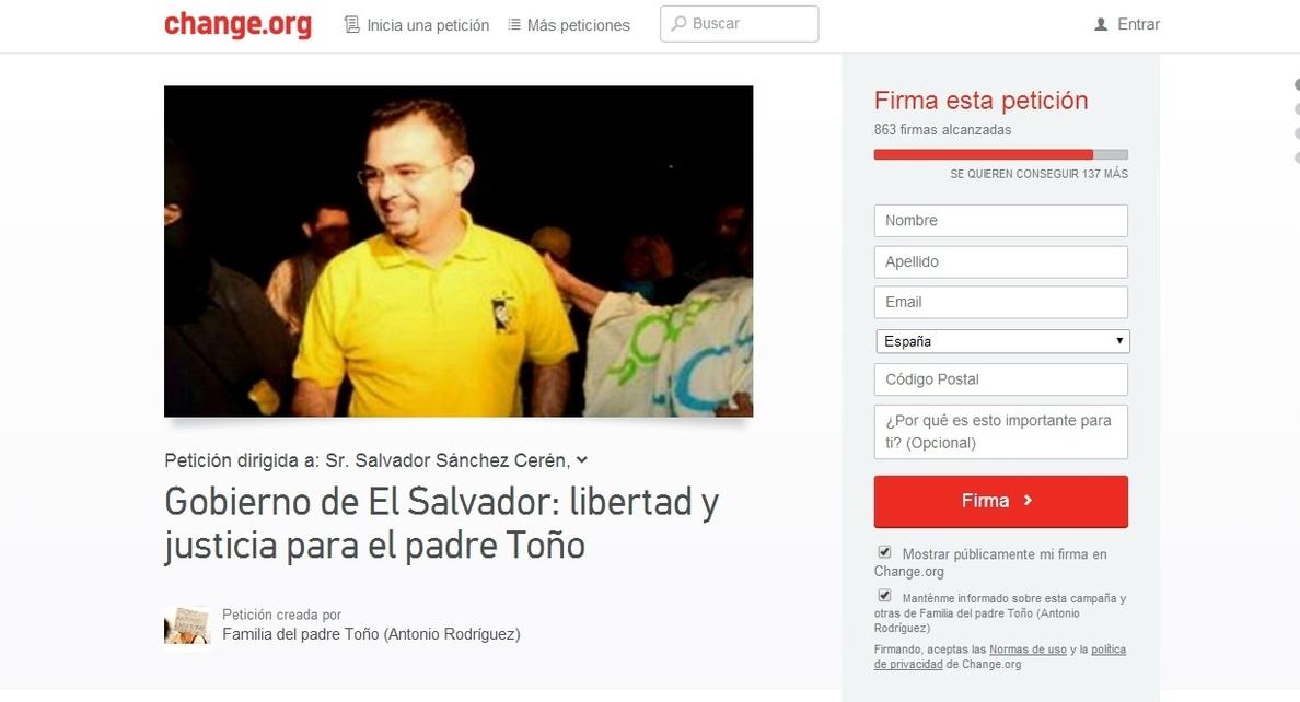 La familia del padre Toño, preso en El Salvador, inicia una recogida de firmas por su liberación