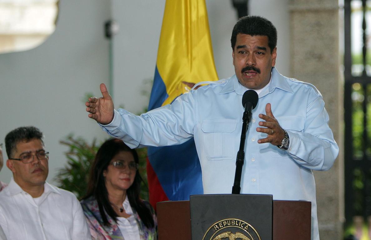 Los ministros ponen sus cargos a disposición para que Maduro reorganice el Gobierno