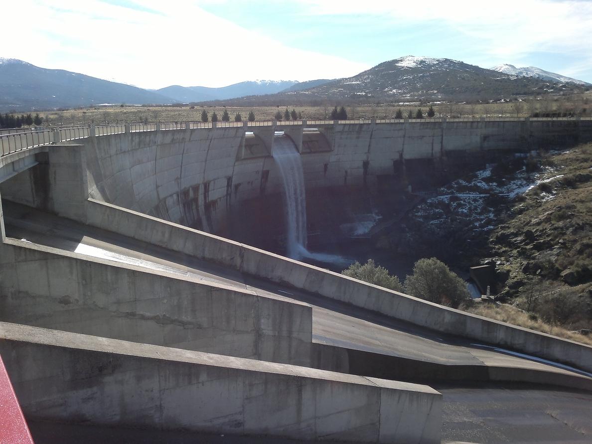 Las reservas en los embalses de la cuenca de Duero se mantiene estable esta semana en el 77 por ciento de su capacidad