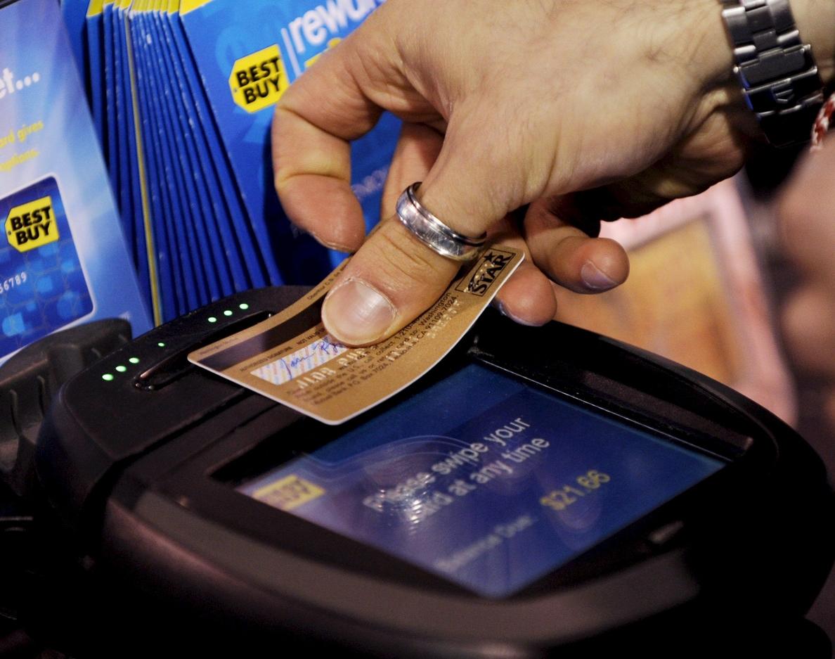 Las tarjetas comerciales podrán seguir aplicando comisiones ilimitadas