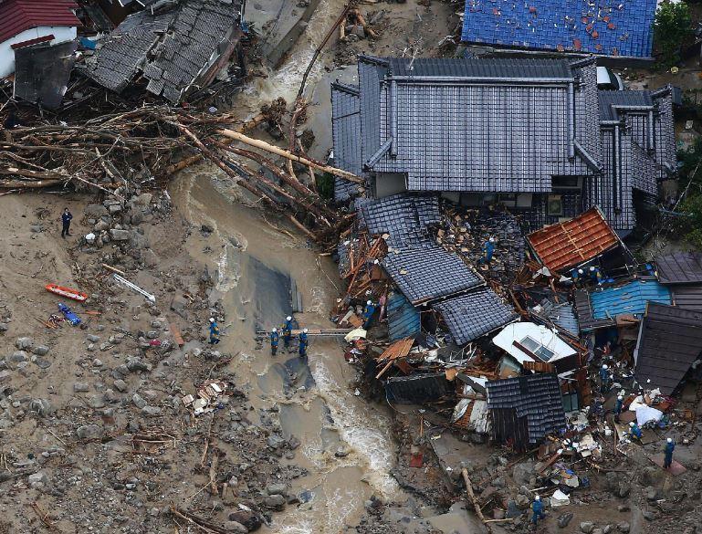 Aumenta a 27 el balance de muertos por los corrimientos de tierras en Hiroshima