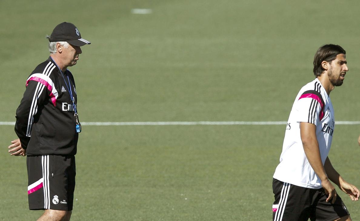 Beckenbauer aconseja al Bayern fichar a Khedira