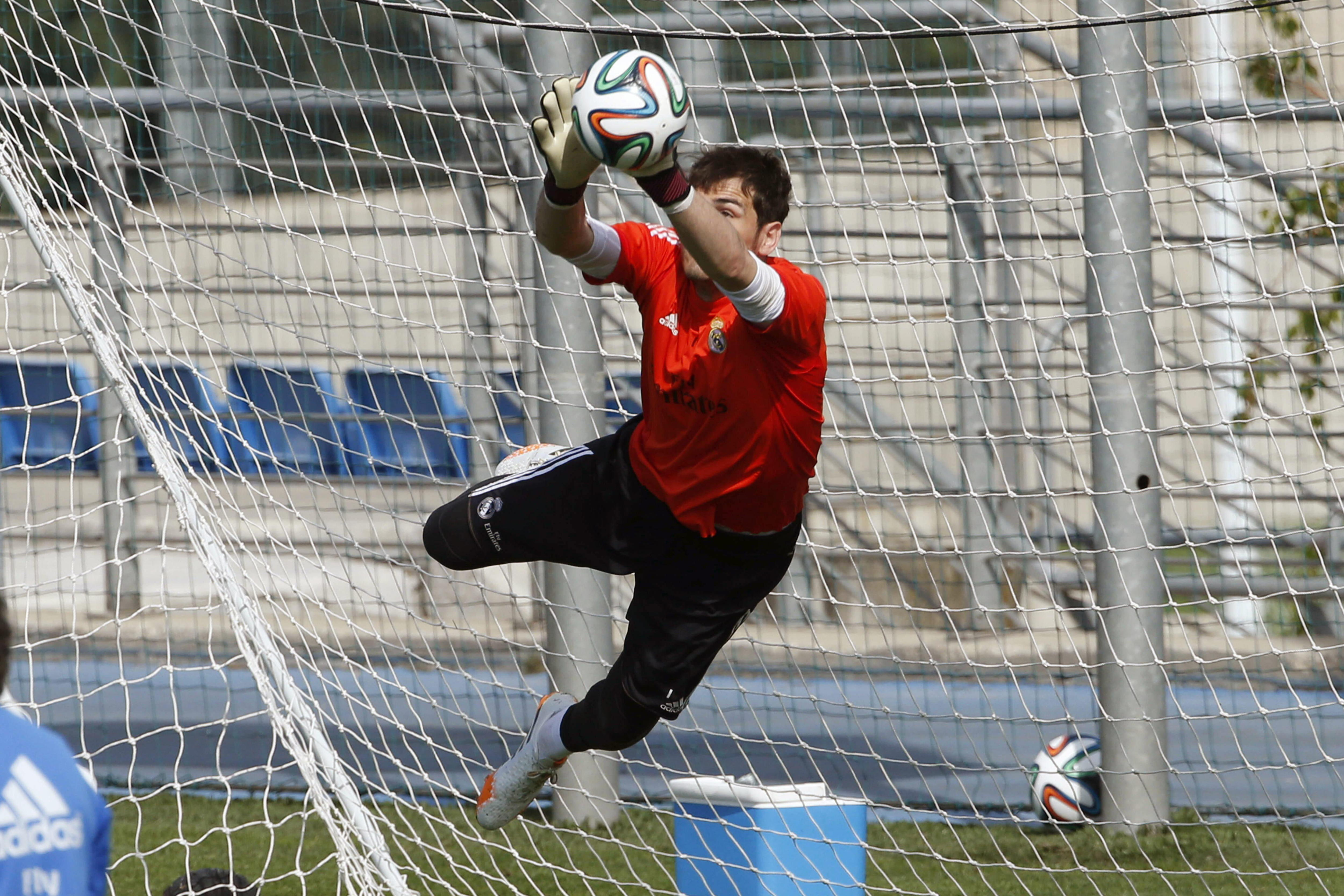 Ancelotti salva a Casillas y esconde su titularidad para jugar la Liga