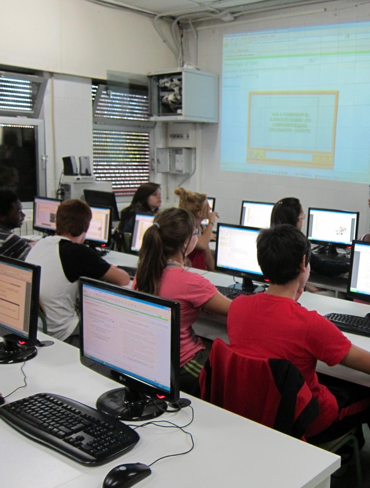El Gobierno de Aragón refuerza la oferta de FP para el curso 2014-15 con 18 ciclos más
