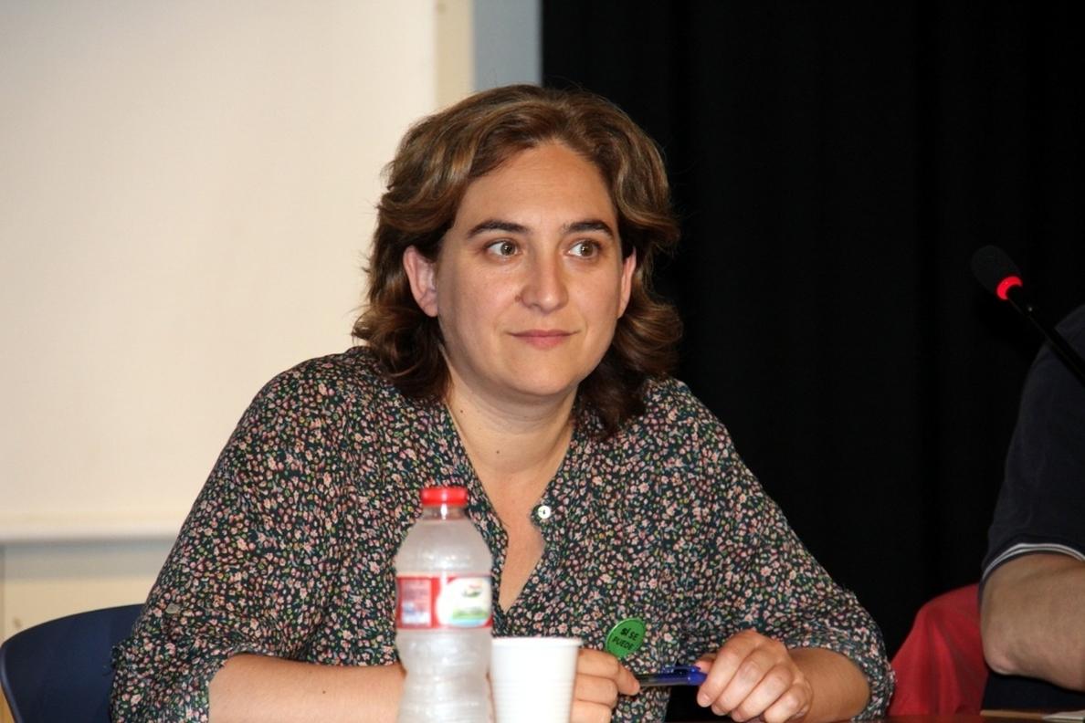 Guanyem, la plataforma de Ada Colau, suma 30.000 firmas de apoyo para presentarse a las municipales de Barcelona