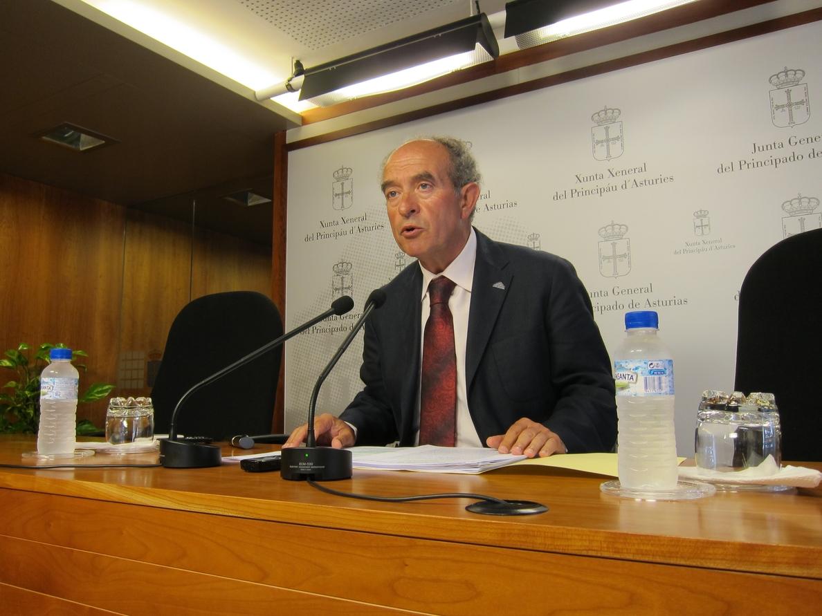 Peña (Foro) acusa al Gobierno regional de causar un «gravísimo daño» a la educación