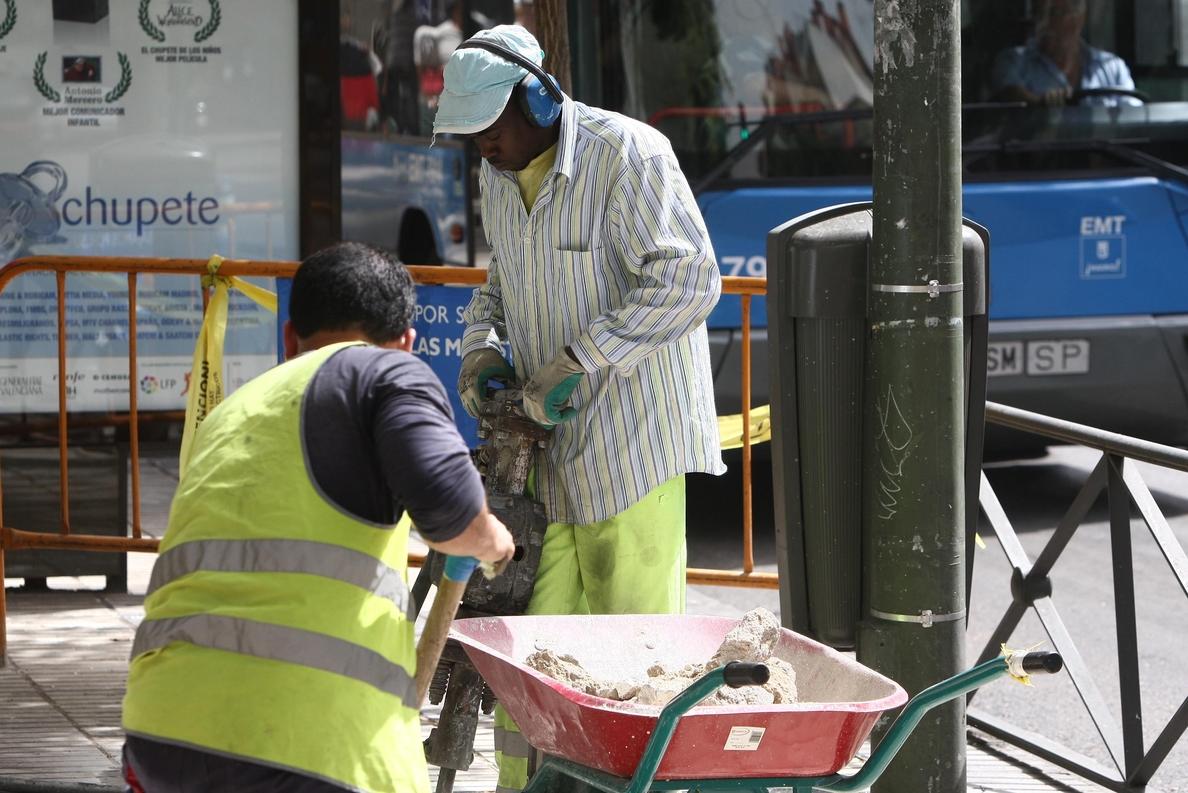 El 72»88% de los inmigrantes autónomos trabajan en la construcción, el transporte, la hostelería y el comercio