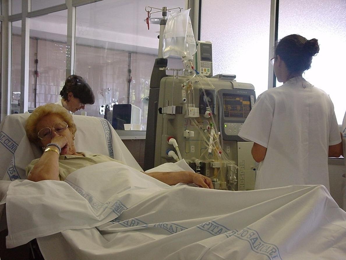 El 80% de las ofertas de empleo para enfermeros están en el extranjero