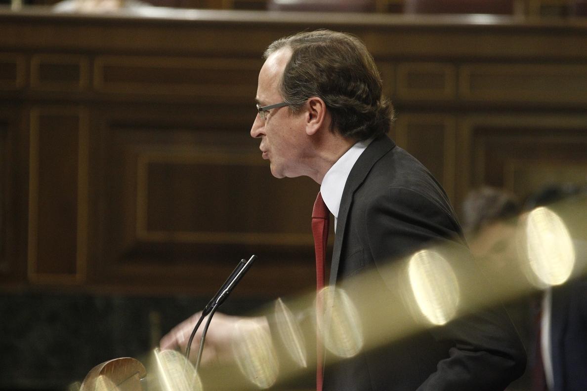 Alonso subraya la autonomía de la fiscalía sobre Pujol y dice que ningún «pacto político» frenará la investigación