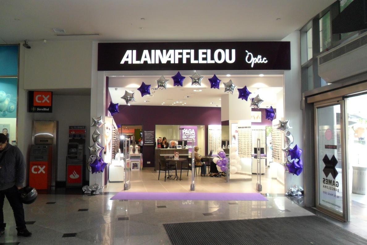 Banco Popular y Alain Afflelou firman un acuerdo de colaboración por el que le ofrecerá productos financieros