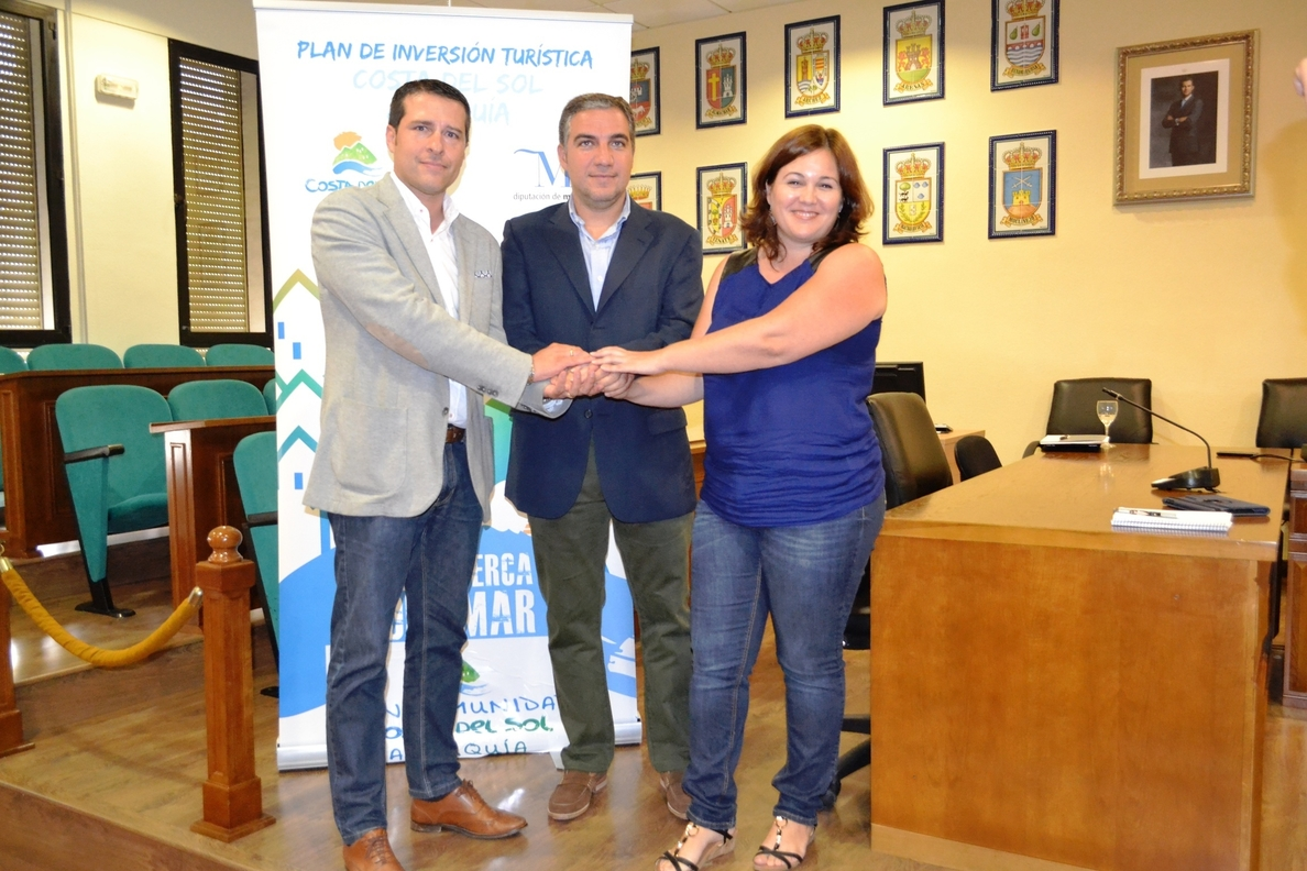 Diputación y Mancomunidad destinan 1,5 millones para playas y embellecimiento urbano en la Axarquía