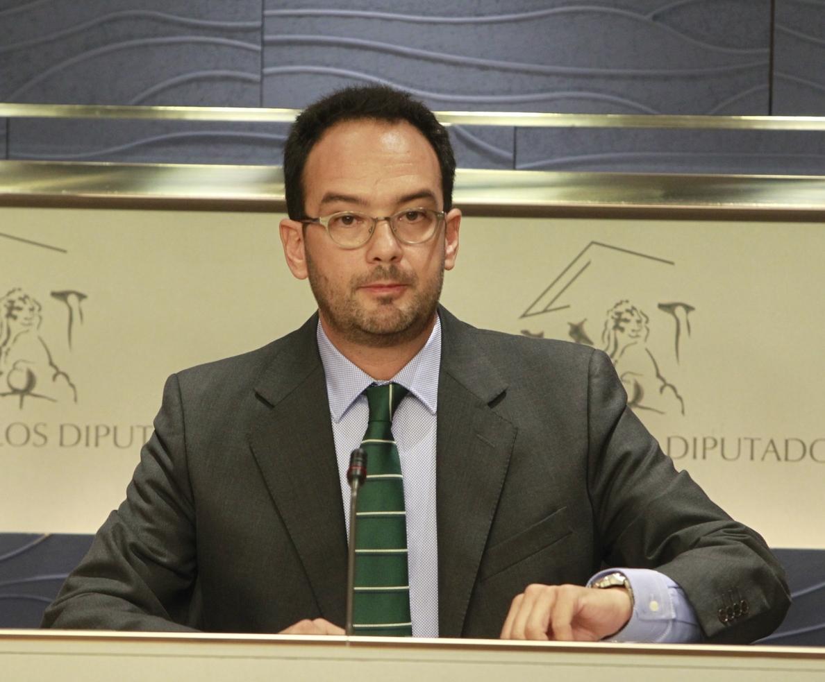 Hernando dice que el PSOE respeta «todas las audiencias y programas» y va a estar «donde estén los ciudadanos»