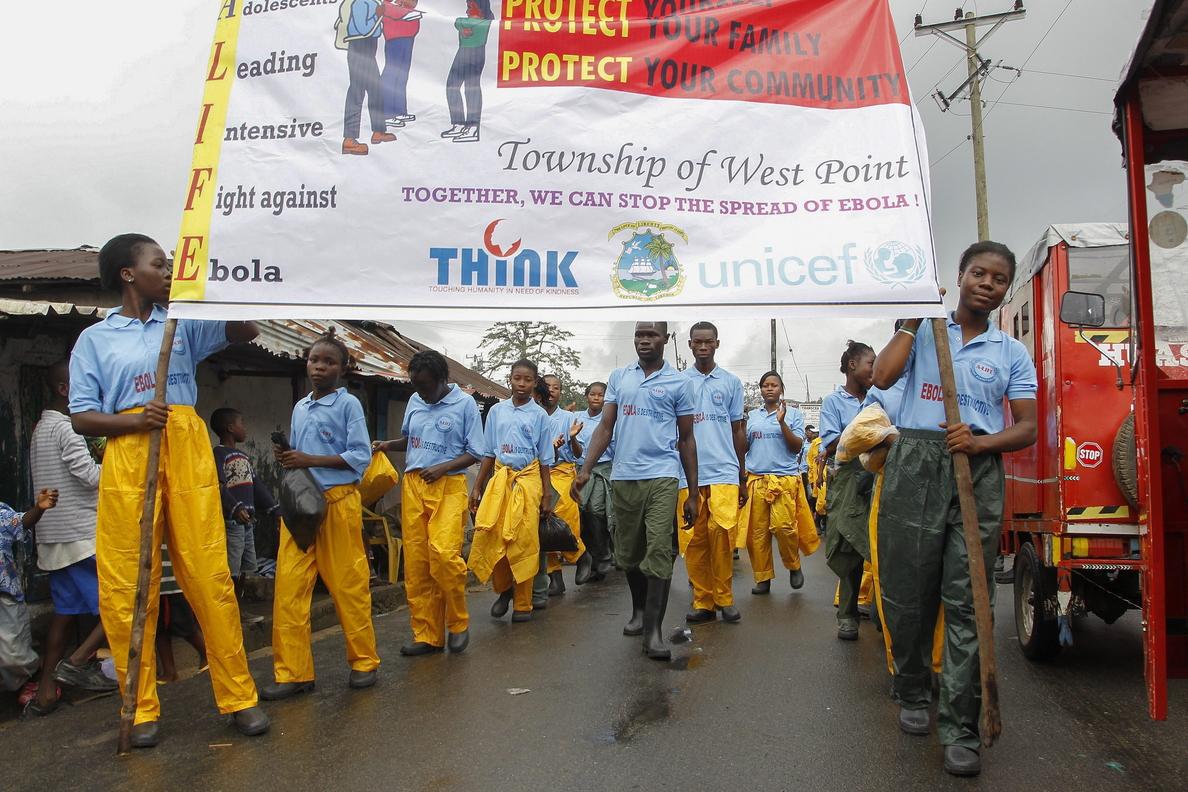 Los casos de ébola en Liberia, Sierra Leona y Guinea siguen en aumento