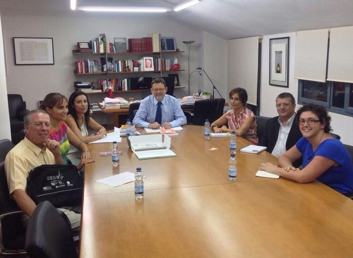 Puig lamenta que Fabra «no cumpla la Ley Valenciana de Cooperación al no destinar los fondos comprometidos»