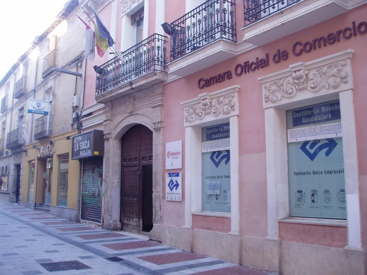 Queda en suspenso durante diez días la adjudicación definitiva del edificio de la Cámara de Guadalajara