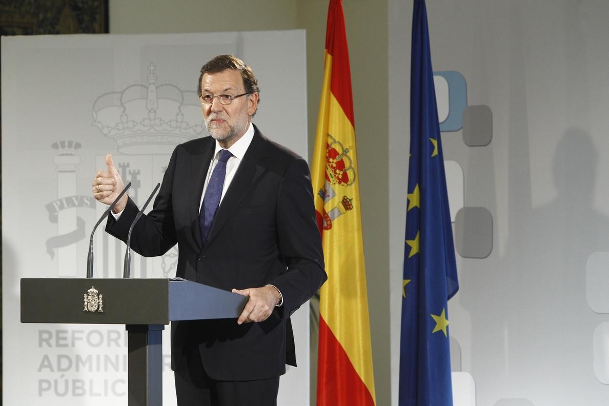 Rajoy anuncia nuevas medidas de «poda burocrática» en la administración para impulsar el crecimiento económico