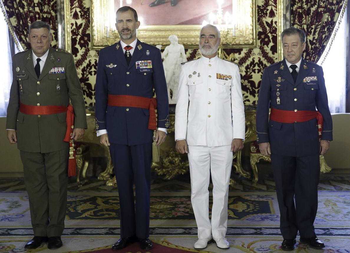 El Rey celebra sus primeras audiencias militares en el Palacio Real