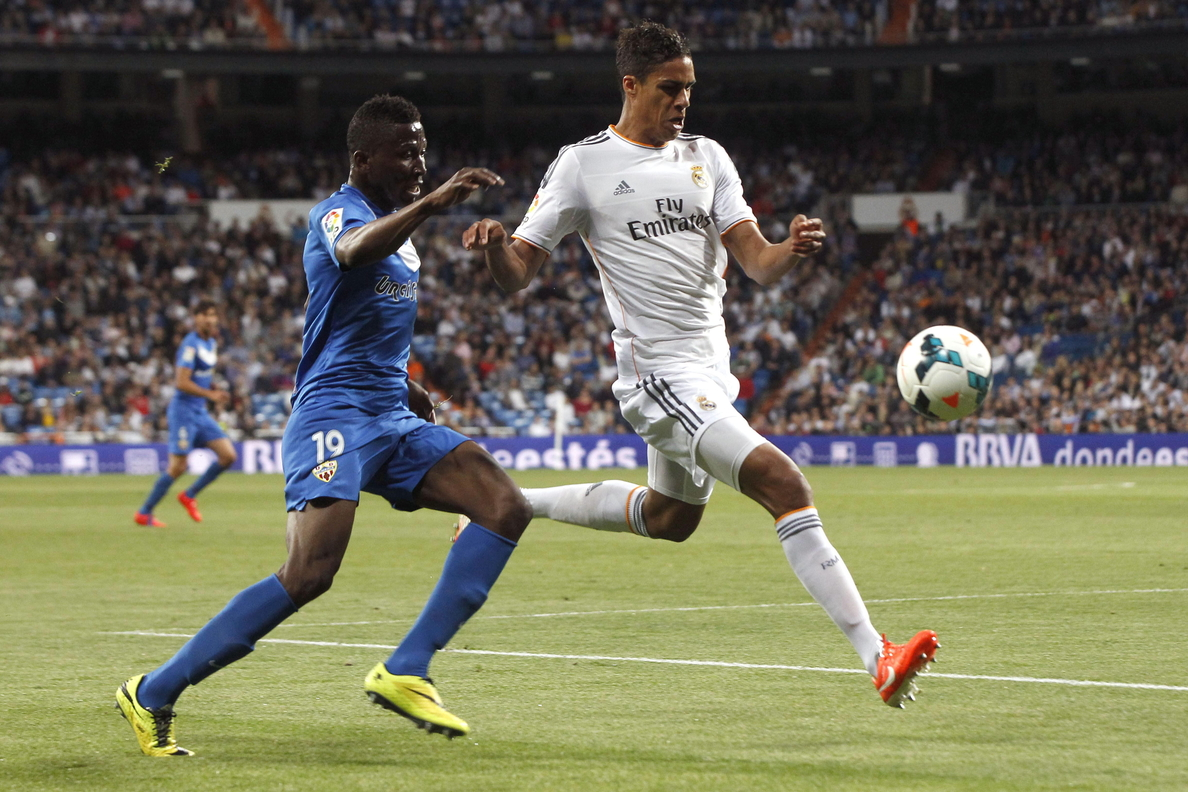 Varane amplía su contrato hasta junio de 2020