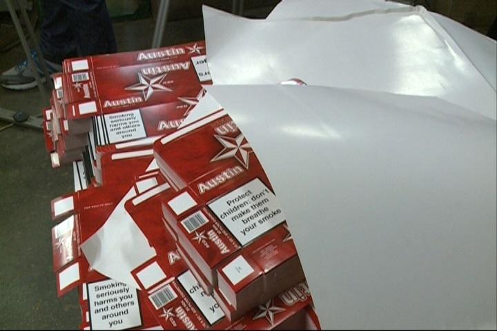 La fábrica ilegal de tabaco desmantelada en Vitoria producía 1,5 millones de cajetillas a la semana