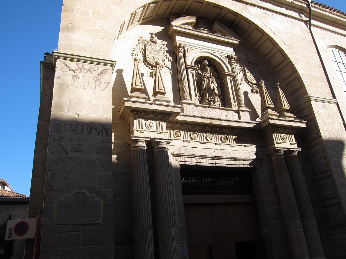 Las inscripciones de la Iglesia de Palacio aluden a un »movimiento ciudadano» que defendió la fiesta de la Inmaculada