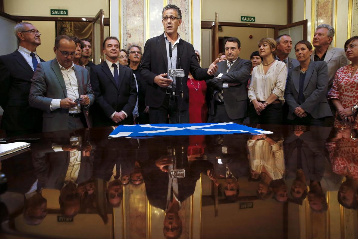 La bandera de Escocia ondea en ayuntamientos de EH Bildu y en algunos de PNV