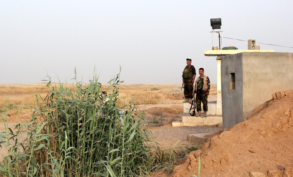 Los kurdos resisten la embestida del EI en uno de sus enclaves en Siria
