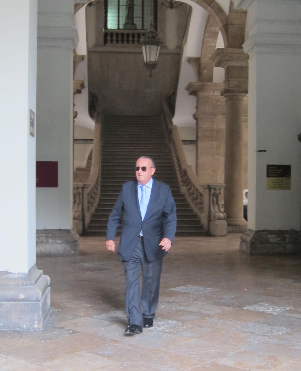 La Generalitat insiste en que no le corresponde valorar la situación jurídica de Carlos Fabra