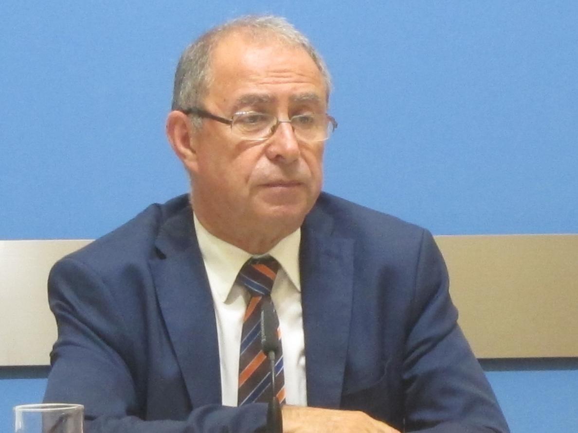 Gimeno responde a IU que intentan renegociar los ICO con los bancos, pero «hay dificultades»