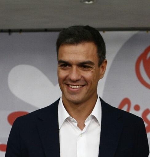 Sánchez prefiere a González antes que a Zapatero, a IU frente a Podemos y a Sáenz de Santamaría antes que a Aguirre