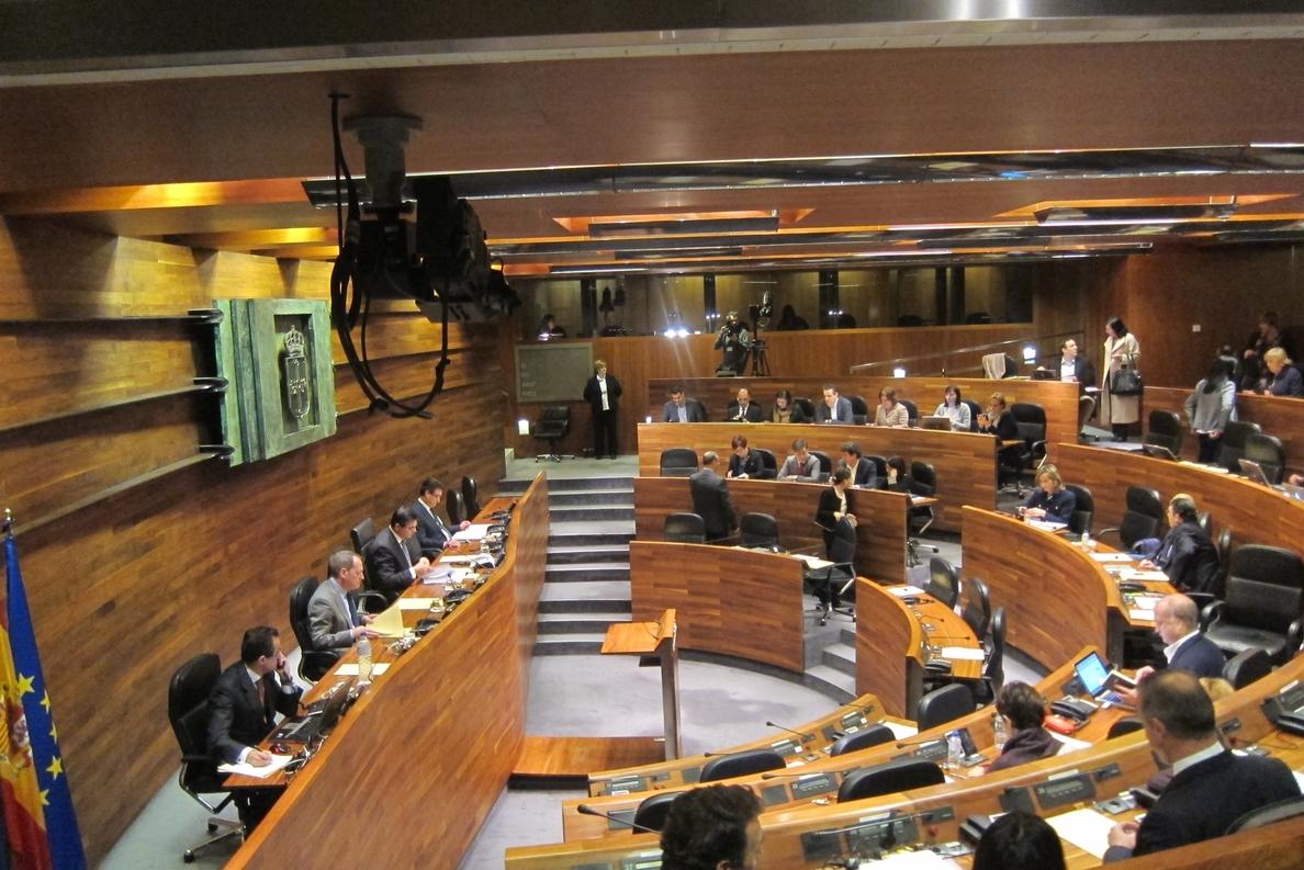 La Junta General, primer parlamento autonómico en proponer una reforma constitucional