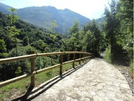 El MAGRAMA destina más de 10,1 millones al acondicionamiento de los Caminos Naturales de Asturias