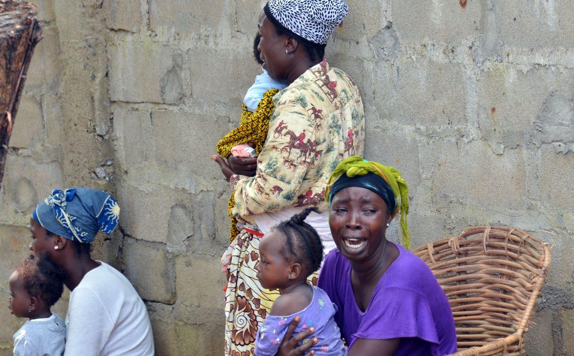 MSF asegura que declarar el toque de queda en Sierra Leona provoca desconfianza
