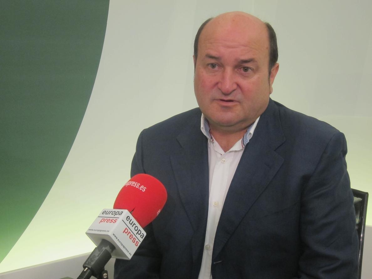 PNV dice que el resultado «no perjudica» a las aspiraciones vascas porque tiene «una vía propia»