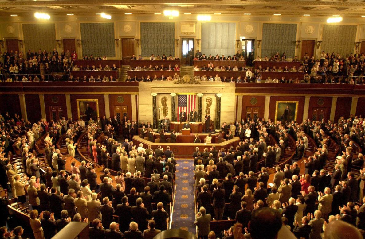 El Senado de EE.UU. da luz verde a la entrega de armas a los rebeldes sirios