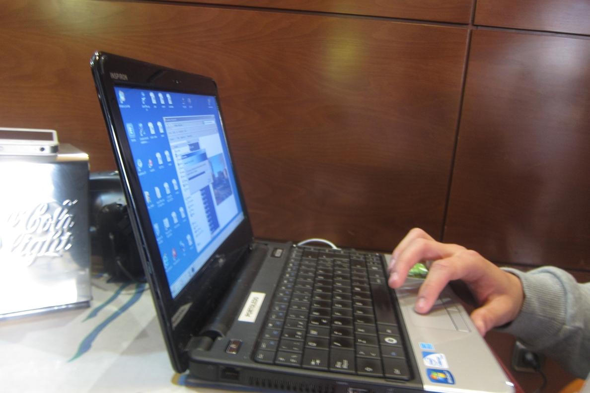 El 98,3% de las empresas de 10 o más empleados dispone de conexión a Internet