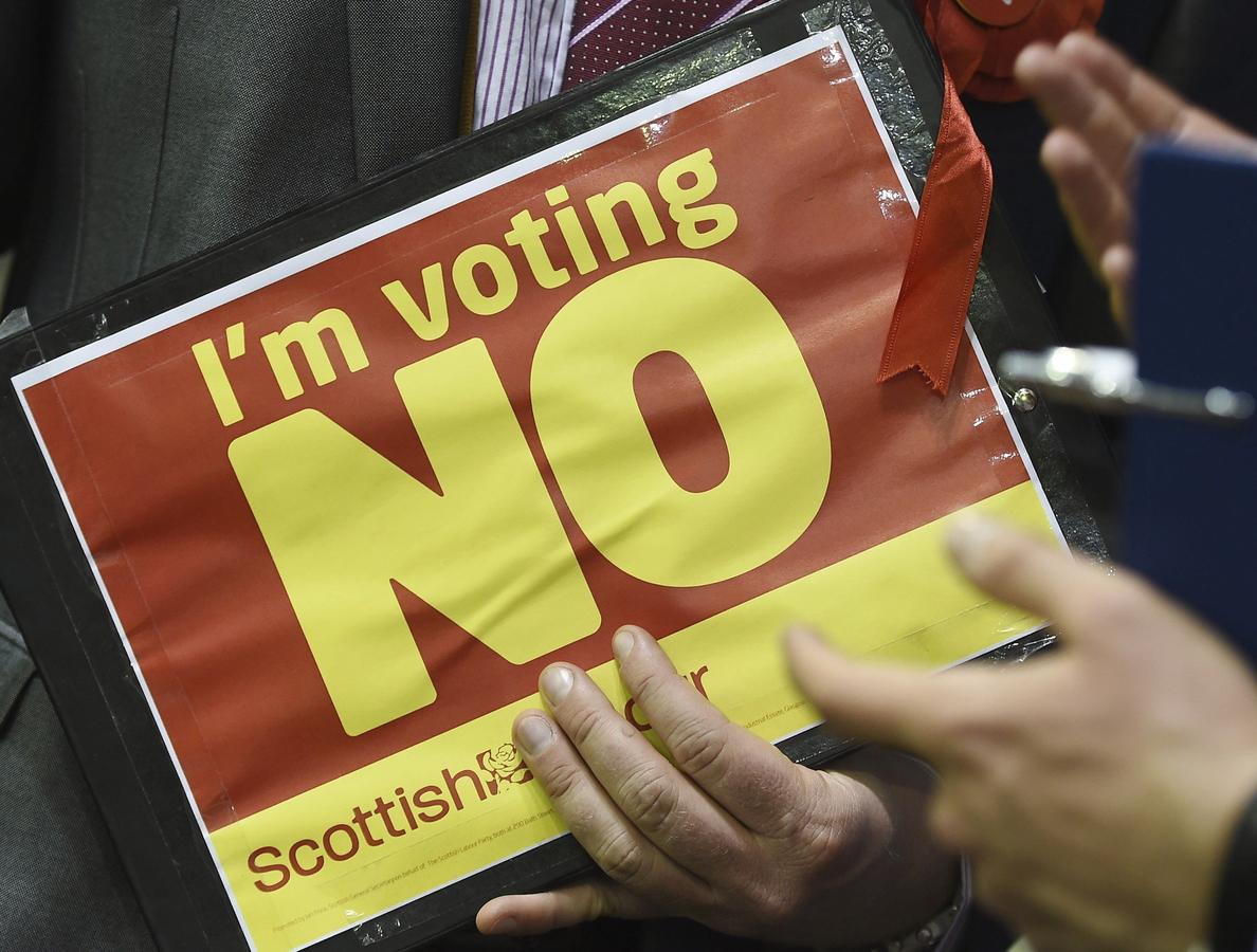 La prensa española destaca el amplio triunfo del «no» en el referéndum en Escocia