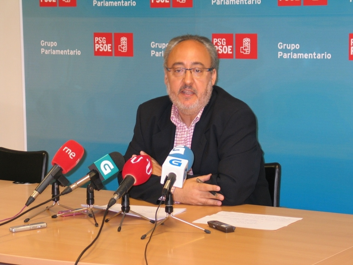 Los socialistas gallegos atribuyen a un «gesto» que el PSC vote a favor de la ley, pero no están «de acuerdo»