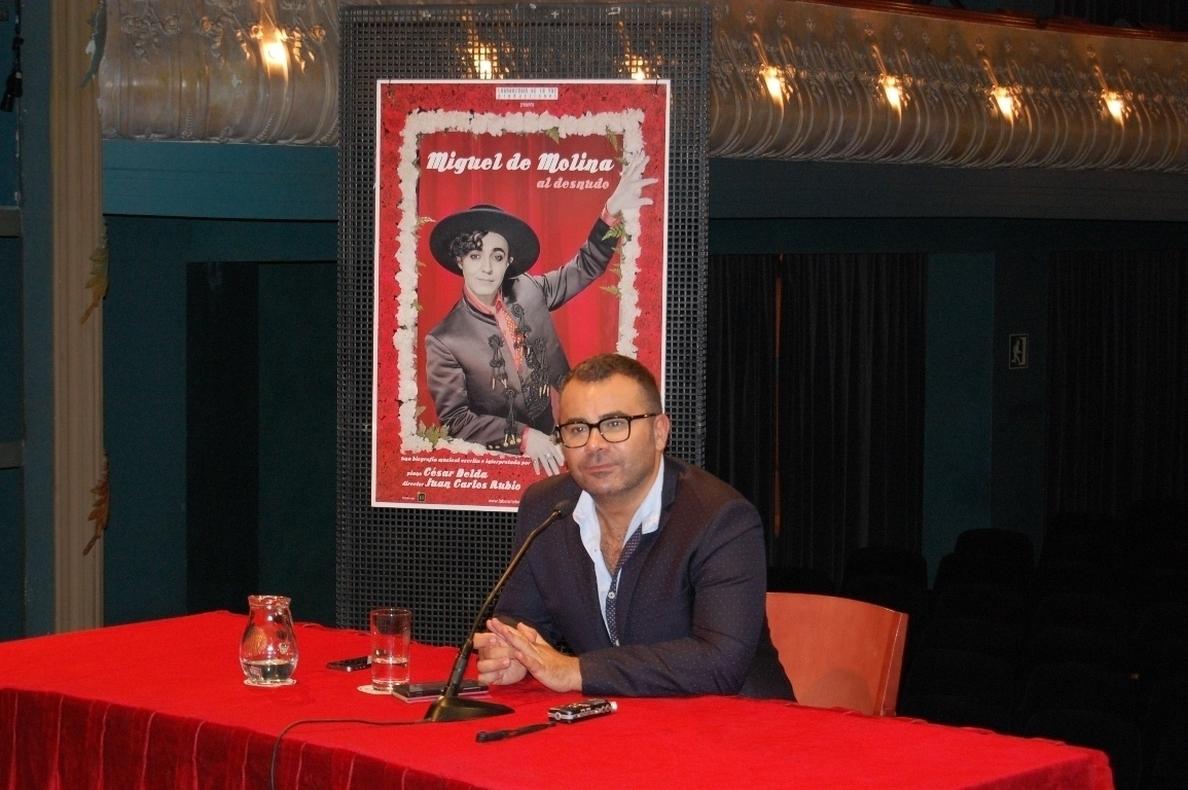 Jorge Javier Vázquez debuta como productor teatral con »Miguel de Molina al desnudo»