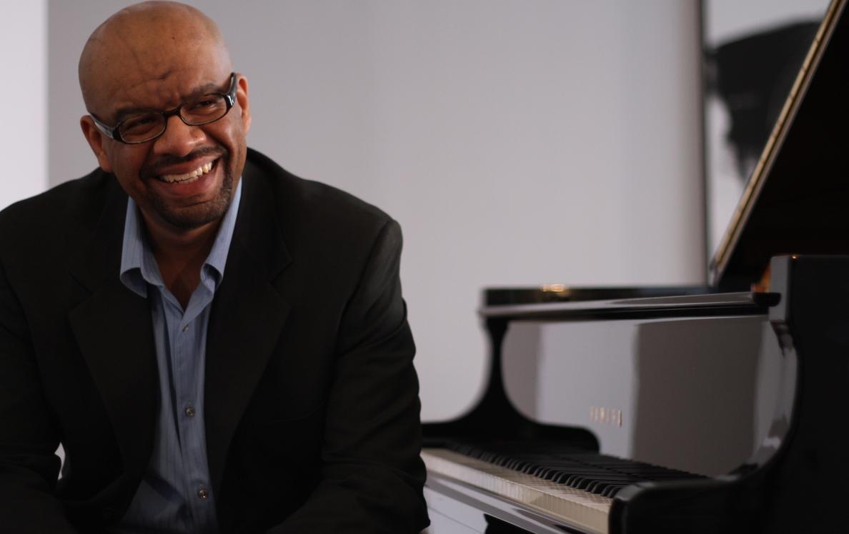 El pianista Luis Perdomo imparte este miércoles una master-concert en Sedajazz