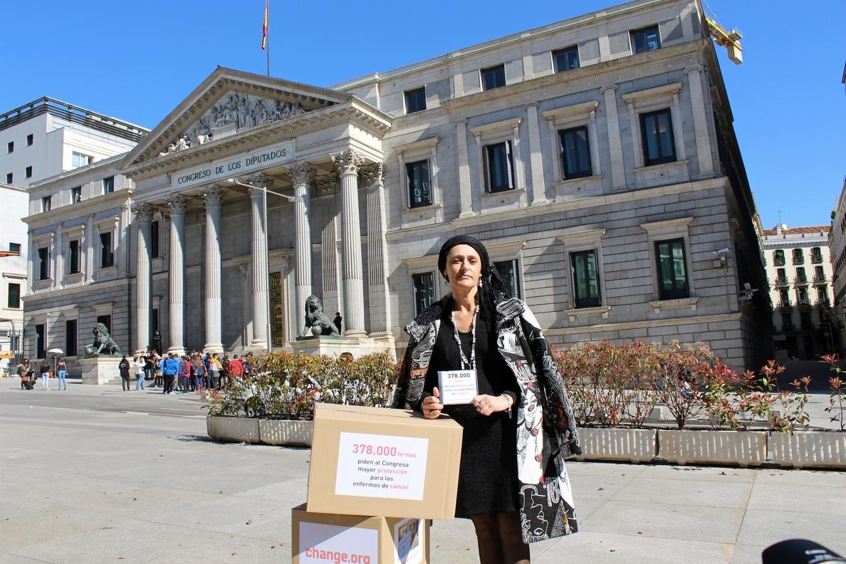 Paciente de cáncer entrega mañana en el Congreso 500.000 firmas para pedir la incapacidad permanente en estos casos