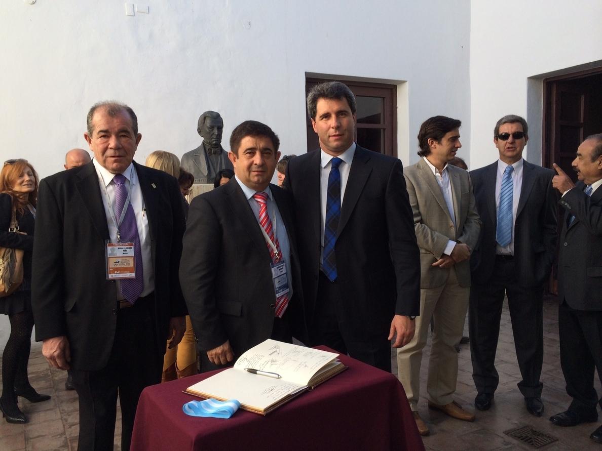 Reyes reitera defiende «la política más cercana» en el congreso anual de la Unión Iberoamericana de Municipalistas