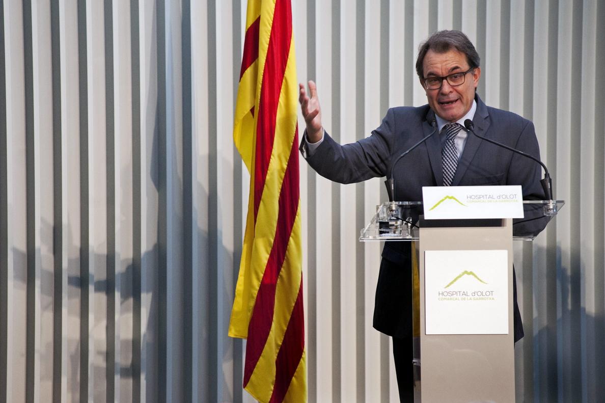 La Generalitat sigue admitiendo solicitudes para votar en la consulta del 9N