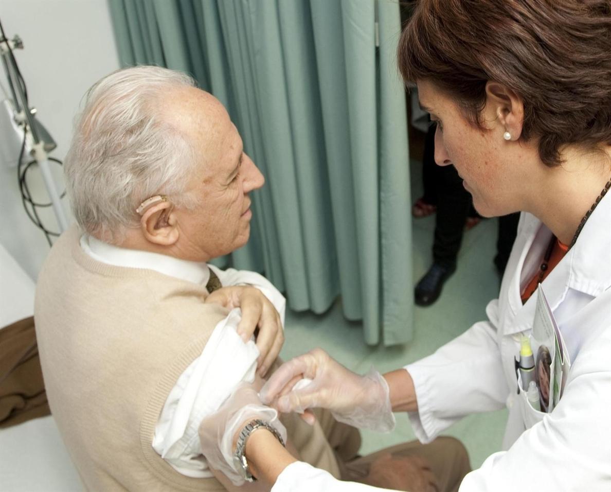 Un 57,2% de los cántabros mayores de 65 años se vacunó en la campaña de la gripe del 2013-2014