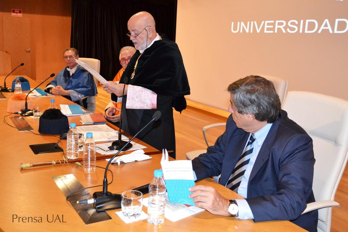 Más de 14.000 alumnos cursan estudios en UAL, con un «espectacular» aumento de estudiantes «internacionales»