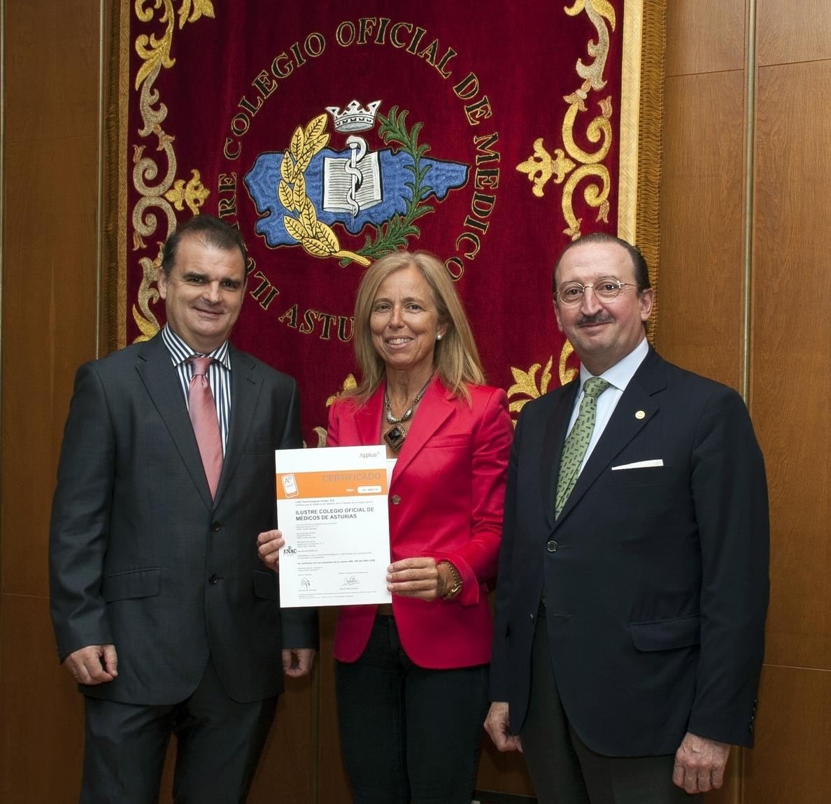 El Colegio Oficial de Médicos de Asturias recibe el certificado de calidad ISO